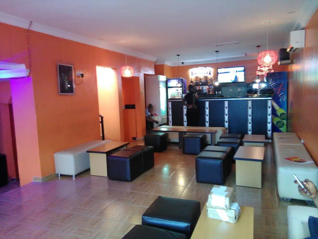 Hootas Bar And Grill Gives That Relaxed Environment Nightlife Ng